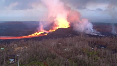 Very-Good-Aerial-Of-The-Kilauea-Volcano-On-Hawaii-Eruption-With-Very-Large-Lava-Flow