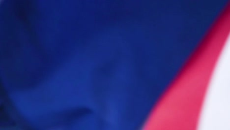Ceremonia-De-Repatriación-De-Los-Héroes-De-La-Guerra-De-Corea-Se-Centran-A-Través-Del-Ataúd-Cubierto-Con-La-Bandera