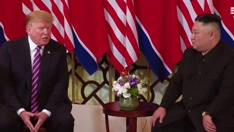 US-Präsident-Donald-Trump-Trifft-Sich-Mit-Dem-Nordkoreanischen-Präsidenten-Kim-Jong-Un-Bei-Einem-Gipfeltreffen-In-Vietnam-6