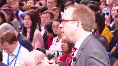 US-Präsident-Donald-Trump-Hält-Nach-Seinem-Gipfel-In-Vietnam-Eine-Pressekonferenz-Ab-Und-Beantwortet-Fragen-Seines-Ehemaligen-Anwalts-Michael-Cohen-Vor-Dem-Kongress