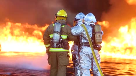 Aircraft-Rescue-And-Fire-Fighting-(Arff)-Marines-Conduct-Fire-Containment-Drills-Of-A-Burning-Airplane-Crash-At-Marine-Corps-Air-Station-Miramar-California-3