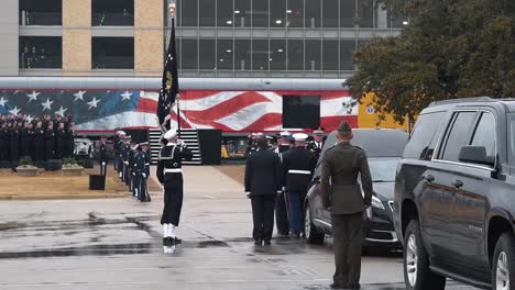 Servicemen-March-Away-From-President-Bush-S-Hearse-After-Depositing-His-Casket-There