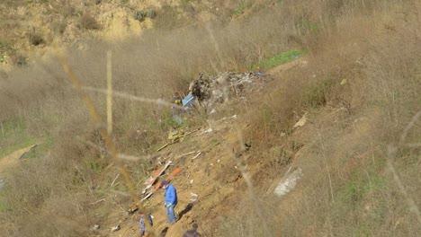 Investigadores-De-Ntsb-Inspeccionan-El-Desastre-Del-Lugar-Del-Accidente-De-Helicóptero-De-Kobe-Bryant-Cerca-De-Calabasas-California