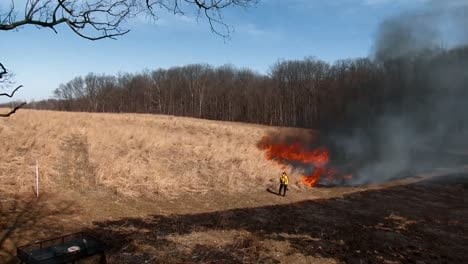Timelapse-Photographs-Shows-A-Controlled-Fire-Being-Set-For-Habitat-Restoration-In-The-United-States