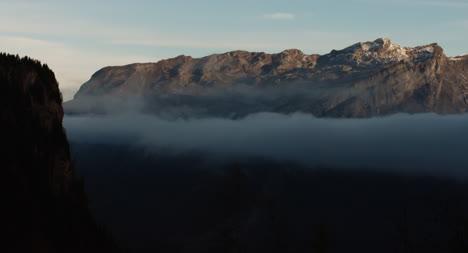 Dramática-escena-de-la-montaña-03