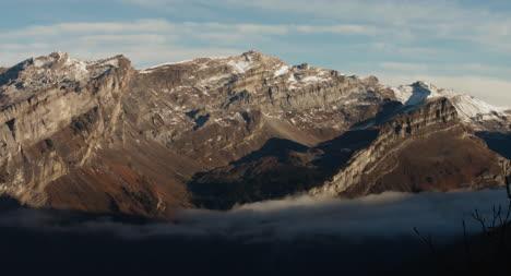 Paisaje-de-montaña-lenta-04