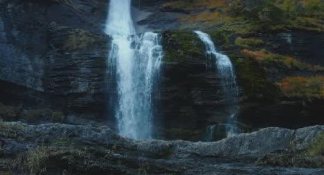 Cascade-du-Roget-Waterfall-02