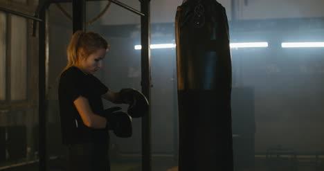 Guantes-de-boxeo-para-mujer