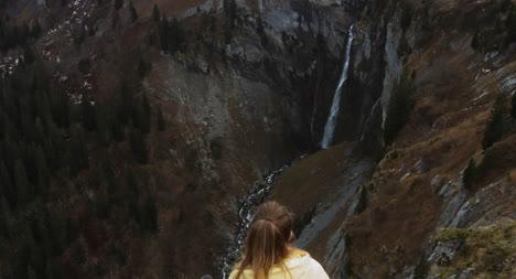 Hiker-on-a-Mountaintop-02