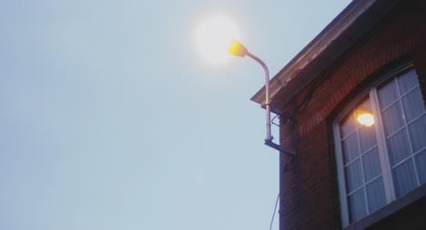 Luz-de-la-ciudad-temprano-en-la-mañana