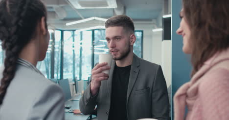 Young-Professionals-With-Coffee-02