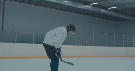 Práctica-de-hockey-sobre-hielo-17