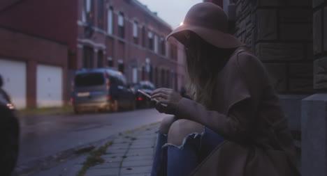 Mujer-tomando-selfie-02