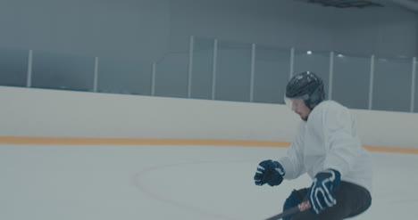 Práctica-de-hockey-sobre-hielo-18