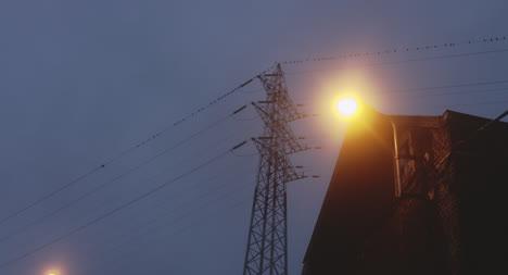 Líneas-Eléctricas-Al-Amanecer-Líneas-eléctricas-al-amanecer