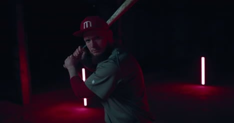 Baseball-Player-with-Bat-02