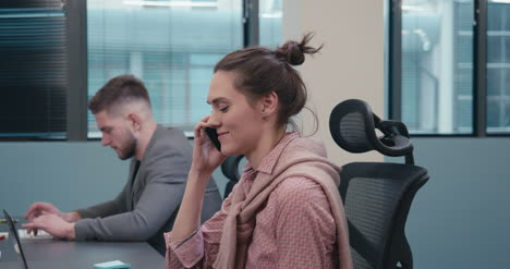Office-Worker-Answers-Phone-02