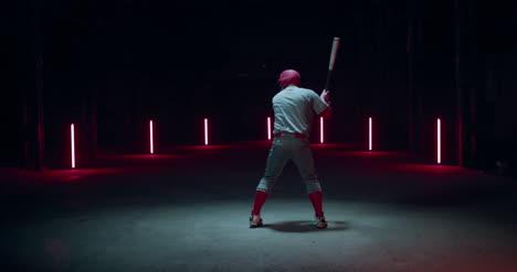 Bateador-Golpeando-Béisbol-04