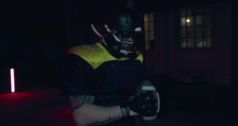American-Football-Player-01