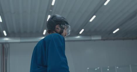 Práctica-de-hockey-sobre-hielo-63