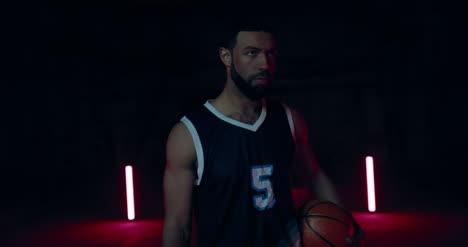 Jugador-de-baloncesto-04