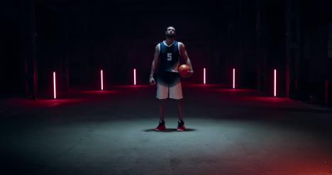 Jugador-de-baloncesto-girando-02