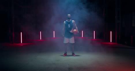 Jugador-De-Baloncesto-En-Humo-02-Jugador-de-baloncesto-en-humo-02