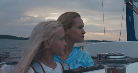 Mother-and-Daughter-on-Sailboat-02