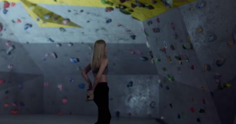 Woman-Climbing