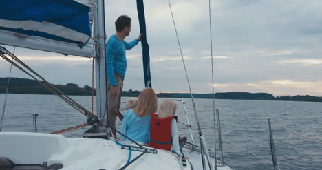 Family-on-Sailboat-02
