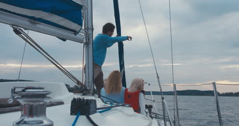 Family-on-Sailboat-03