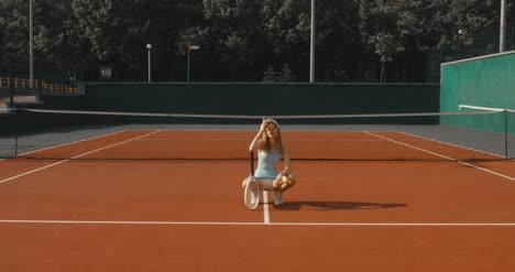 Tennis-Girl-Posing-06