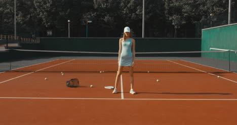 Tennis-Girl-Posing-07