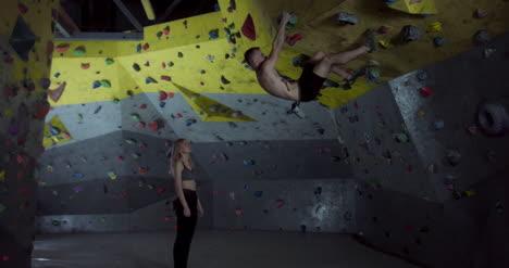 Alpinistas-Fiving