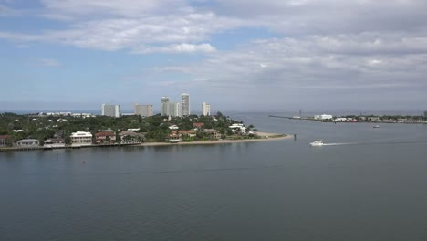 Florida-Fort-Lauderdale-High-Rise-And-Boat