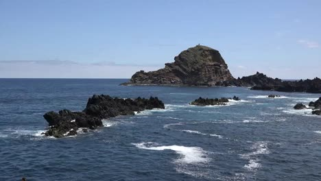 Madeira-Offshore-Rocks-North-Coast