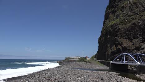 Madeira-Pebble-Beach-And-Bridge-On-North-Shore