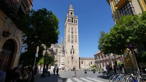 Sevilla-Giralda-Tower-Más-Allá-De-La-Plaza