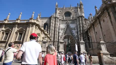 Seville-Cathedral-With-Tourists