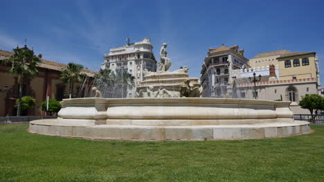 Seville-Fountain-In-Circle