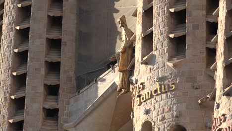 Spain-Barcelona-Sagrada-Familia-Christ-In-Afternoon-Light