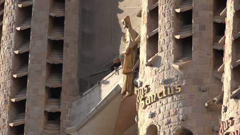 Spain-Barcelona-Sagrada-Familia-Christ-In-Afternoon-Luz