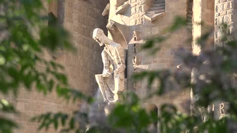 Spain-Barcelona-Sagrada-Familia-Christ-With-Tree-Branches