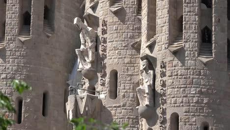 Spain-Barcelona-Sagrada-Familia-Two-Saints-On-Facade