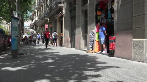 Spain-Barcelona-Street-Scene-Time-Lapse