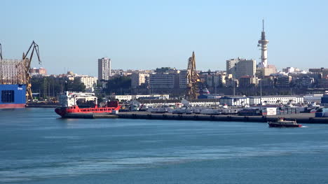 Spain-Cadiz-Sailing-Away-From-City
