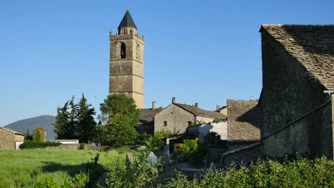 Spain-Coscojuela-De-Sobrarbe-Church-And-House