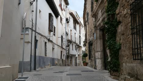 Spain-Cuenca-Narrow-Street