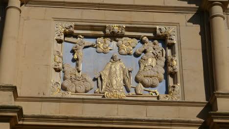 Spain-Monasterio-De-Rueda-Facade-Carving