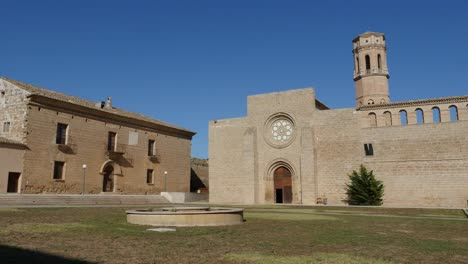 Spain-Monasterio-De-Rueda-Tower-And-Courtyard